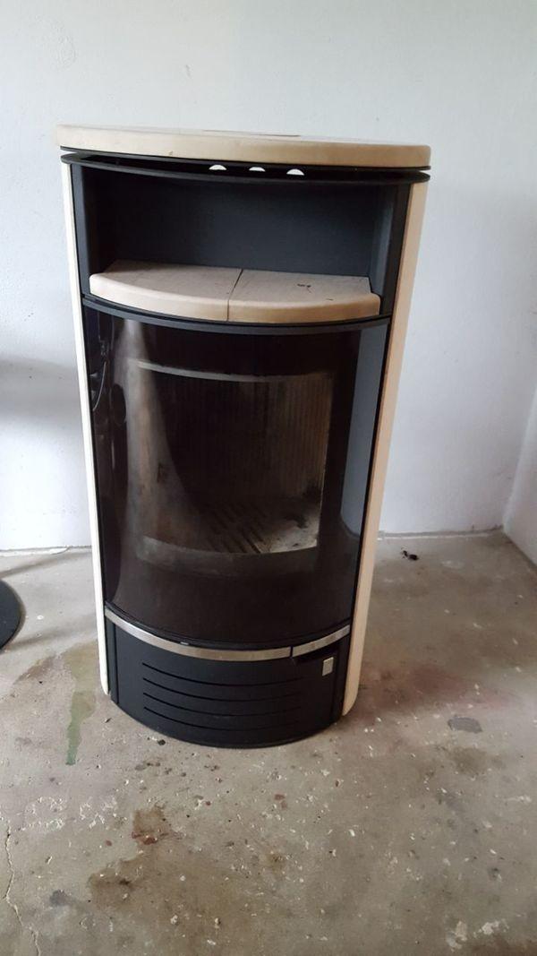 holzofen kaufen holzofen gebraucht. Black Bedroom Furniture Sets. Home Design Ideas