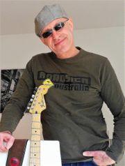 Gitarrist frei !!