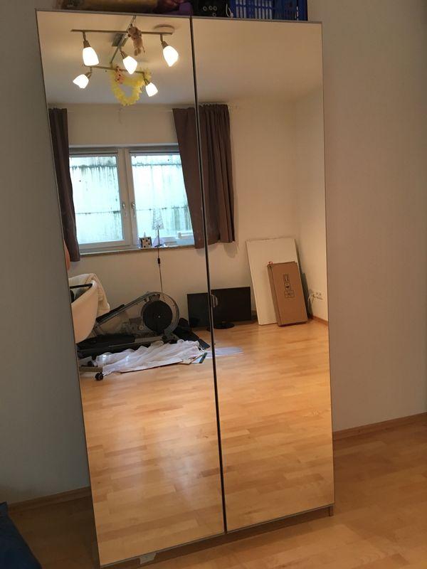 Ikea spiegel kleiderschrank  IKEA Pax Kleiderschrank mit Spiegel-Tür in Freiham - Schränke ...