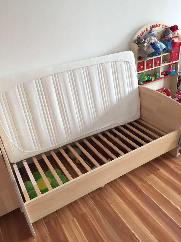 bett und kommode mit ankauf und verkauf anzeigen billiger preis. Black Bedroom Furniture Sets. Home Design Ideas