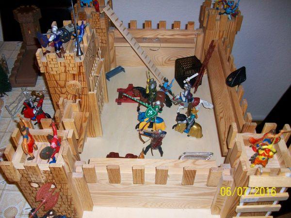 Ritterburg aus Holz » Holzspielzeug