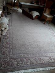 Sehr großer Teppich