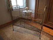 Antiquität Kinderbett aus Eisen
