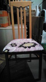 4 Stück gepolsterte Esszimmerstühle buchefarben