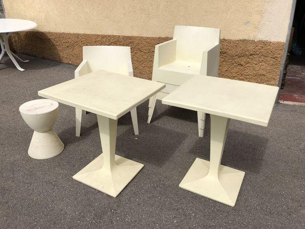 Garnitur 2 Tische 4 Stühle