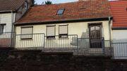 Sanierungsbedürftiges Kleines Haus