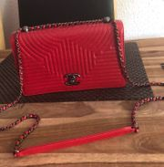CHANEL Tasche Classic in Rot