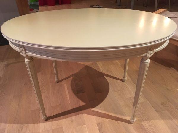 ovaler tisch zum ausziehen amazing esstische ausziehbar. Black Bedroom Furniture Sets. Home Design Ideas
