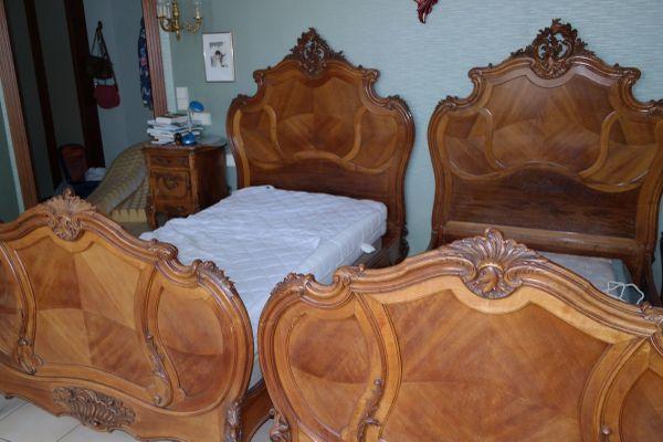 antikes schlafzimmer kaufen antikes schlafzimmer. Black Bedroom Furniture Sets. Home Design Ideas