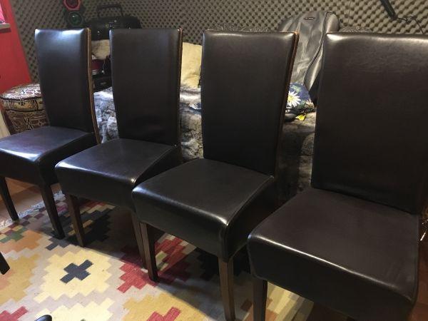 4 dunkelbraune Landhausstühle echt Leder