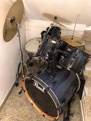 Schlagzeug neuwertig