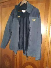 Verkäufe ein Neue Grau Jacke