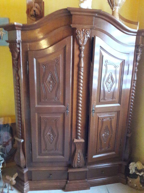 bauernschrank kaufen bauernschrank gebraucht. Black Bedroom Furniture Sets. Home Design Ideas