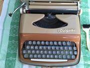 BRIGITTE Reise-Schreibmaschine mit Koffer