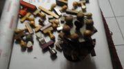 1 Karton mit alten Gummistempel