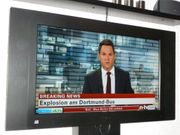 Thomson LCD Flachbildfernseher (32EX127B5) mit Wandhalterung gebraucht kaufen  Niedernhausen