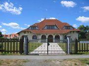 Einheitlich gestaltet Familienhaus Villa Familienhotelmit