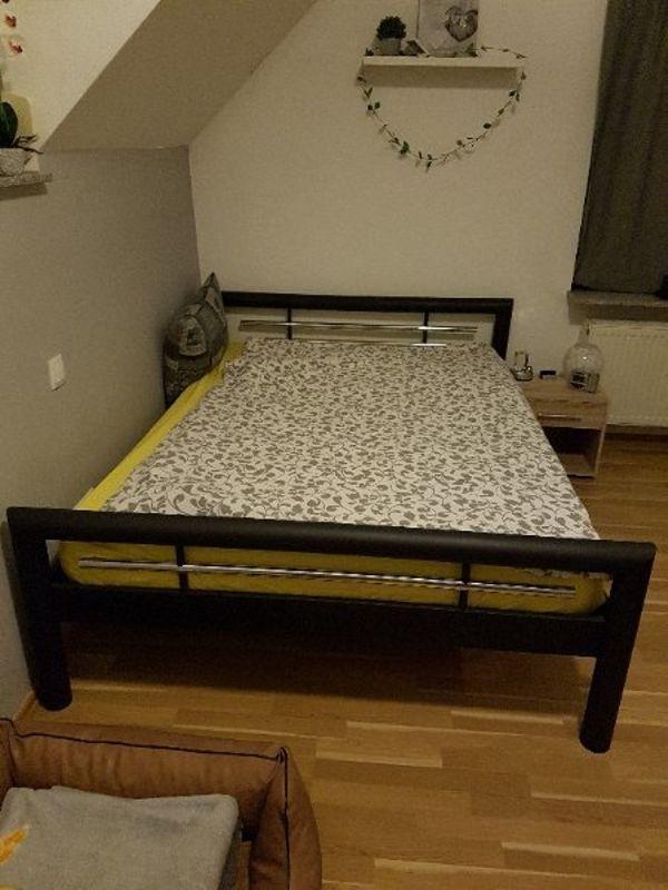 bettgestell aus ankauf und verkauf anzeigen finde den billiger preis. Black Bedroom Furniture Sets. Home Design Ideas