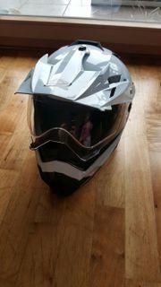 Quad Helm NEU
