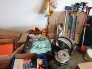 Garagen und Haus Flohmarkt aus