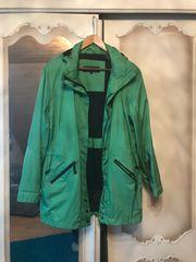Damenjacke grün mit Kapuze 46