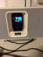 Apple IPhone iPod Radio Docking