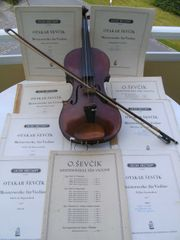 9 Notenhefte für Geigenschüler