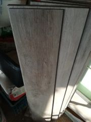 Bodenfliesen