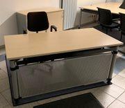 Schreibtisch Marke Palmberg - Sytemmöbel