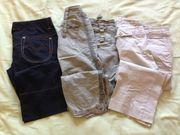 verschiedene Damenbekleidung