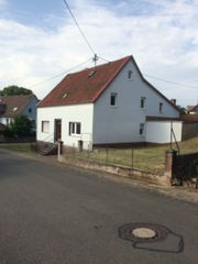 Bauernhaus mit Scheune