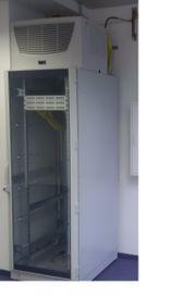 Serverschrank mit Klimaanlage