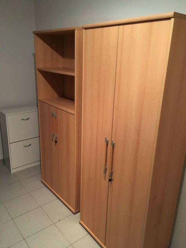 2 Büroschränke / Aktenschränke, Rollcontainer, Schreibtisch Buche in ...