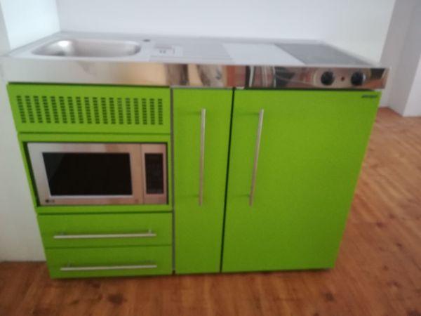 Miniküche Mit Kühlschrank Bauknecht : Miniküche edelstahl farbe grüner apfel in titisee neustadt