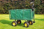 Bollerwagen für den Garten grün