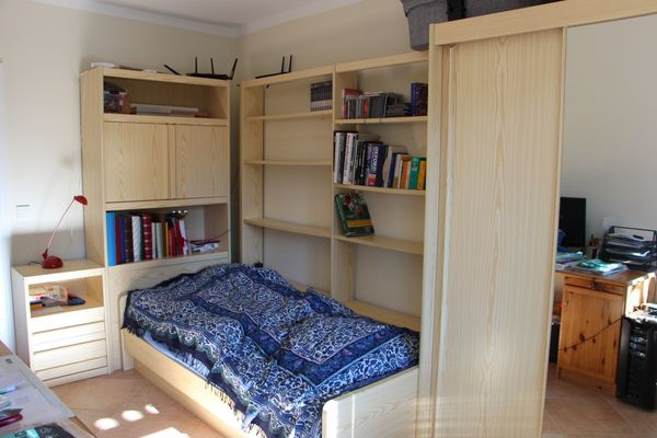 Jugendzimmer Komplett Schrank Bett Regale Top In Geretsried Kinder
