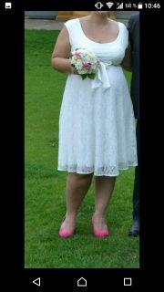 Umstands-Brautkleid von