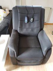 Sessel mit Massagefunktion