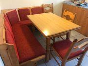 Essecke mit 3 Stühlen