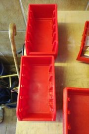 Box rot oder schachtel