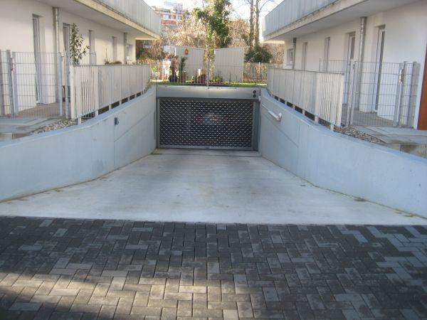 TIEFGARAGENSTELLPLATZ -LANDAU » Vermietung Garagen, Abstellplätze, Scheunen