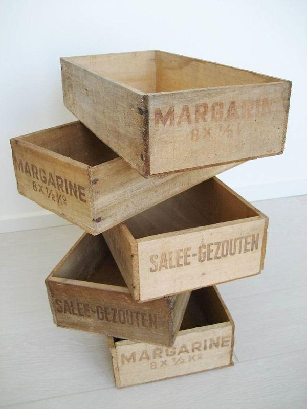 Antike holzkiste kiste holzbox vintage deko 5x je 10euro in unterhaching dekoartikel kaufen - Retro dekoartikel ...