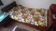 Bett mit Rost