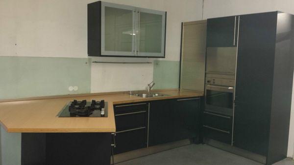 Schone Moderne Kuche Einbaukuche Bulthaup In Dunkel Blauschwarz In
