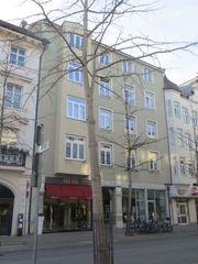 Modernisierte 2 Zi-Altbau-Wohnung mit schönem