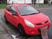 HYUNDAI-i20-2011-48TKM-3TRG-ZV-BORDC-GS-SERVO-HVS-TÜV-NEU-FP 4999 -