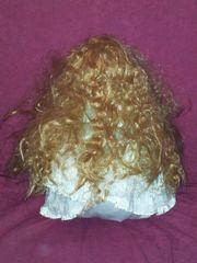 Porzellanpuppe Mädchen blond
