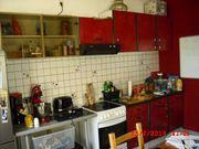 Küchenzeile Rot/Schwarz
