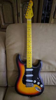 LSL Saticoy, Stratocaster -