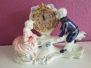 Echte Porzellanfiguren u Uhr schwere